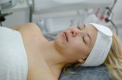 Tratamento facial cosmético fotografia de stock