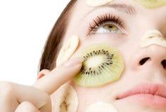 Tratamiento con sabor a fruta de la cara Imagen de archivo