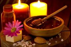 Tratamiento de la miel y del balneario Fotografía de archivo libre de regalías