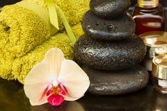 Tratamiento del balneario de la orquídea Imagen de archivo libre de regalías