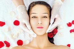 Tratamiento facial Fotografía de archivo libre de regalías