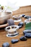 Tratamiento tibetano de los tazones de fuente del canto Imágenes de archivo libres de regalías