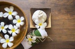 Tratamiento y producto del balneario para el balneario femenino de los pies, Tailandia Seleccione el foco Fotografía de archivo