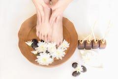 Tratamiento y producto del balneario para los pies y el balneario femeninos de la mano, Fotos de archivo