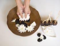 Tratamiento y producto del balneario para los pies y el balneario femeninos de la mano, Tailandia foco selecto y suave Fotos de archivo