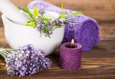 Tratamientos de la salud con las flores de la lavanda Fotografía de archivo