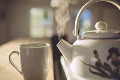 Tratar la caldera con vapor Fotografía de archivo libre de regalías