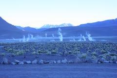 Trate con vapor de respiraderos subterráneos imágenes de archivo libres de regalías