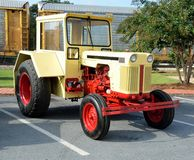 Trator restaurado do vintage Imagem de Stock Royalty Free