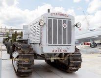 Trator Stalinets-65 Pyshma, Ekaterinburg, Rússia - 16 de agosto, Imagem de Stock Royalty Free