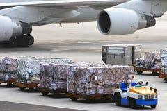 Trattamento del bagaglio dell'aeroporto Fotografia Stock Libera da Diritti