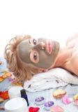 Trattamento della stazione termale con la mascherina del fango Immagini Stock Libere da Diritti