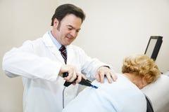 Trattamento moderno di chiroterapia Fotografie Stock Libere da Diritti