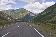 Tratto di Chuysk Strada di Altai della montagna Immagini Stock