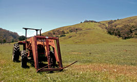 trattore della campagna Fotografia Stock Libera da Diritti