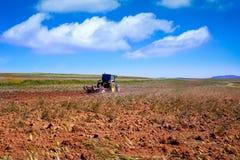 Trattore di agricoltura in Estremadura Spagna Immagine Stock