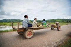 Trattore di Driving dell'agricoltore del Laos Fotografia Stock Libera da Diritti