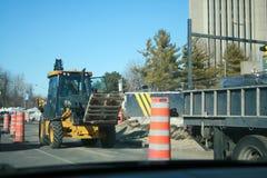 Trattori, camion e piloni Fotografia Stock Libera da Diritti