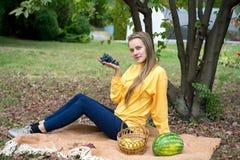 Trauben im Garten Lizenzfreie Stockfotos