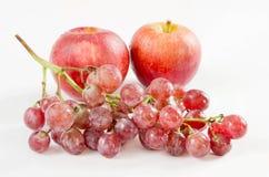 Trauben und Apfel Stockbild