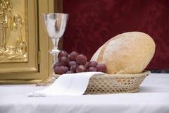 Trauben und Brot Stockfotografie