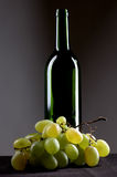 Trauben und Glas Stockfoto