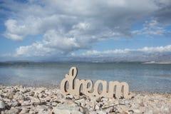 Traum auf dem sonnigen Strand stockbilder
