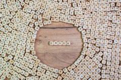 Traum, texte allemand pour le rêve, mot dans les lettres sur le cube découpe sur la table photographie stock