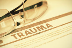 trauma Medicinskt begrepp på röd bakgrund illustration 3d arkivfoto