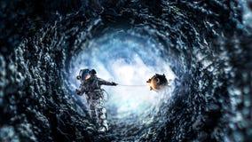 Traumbild mit Raumfahrerfangplaneten Gemischte Medien Lizenzfreie Stockbilder