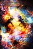 Traumfänger mit Adler und Raben versieht im kosmischen Raum mit Federn Stockfoto