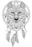 Traumfänger mit Wolf Tätowierung oder erwachsene antistress Farbtonseite Schwarzweiss-Hand gezeichnetes Gekritzel für Malbuch Stockfoto