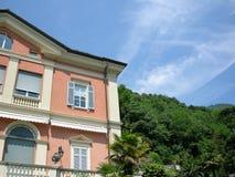 Traumlandhausstadt von Como Italien Stockbilder