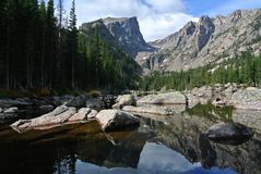 Traumsee, Rocky Mountain National Park, Colorado stockbilder