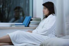 Traurige einsame Frau Stockfotografie