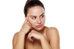 Traurige Frau ohne Make-up Lizenzfreie Stockfotografie