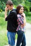 Traurige Jugendpaare Lizenzfreies Stockfoto