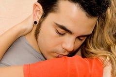 Traurige junge Paare, Mann stockfotos