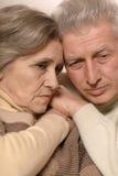 Traurige ältere Paare Stockbilder