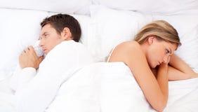 Traurige Paare, die ein Argument haben Stockbild