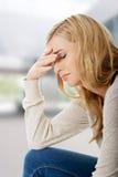 Traurige und deprimierte Frau Stockbilder