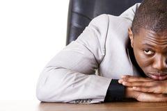 Trauriger, müder oder deprimierter Geschäftsmann Stockbild