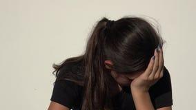 Trauriges jugendlich Mädchen stock footage