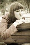 Trauriges Mädchen in den Sepiatönen Lizenzfreies Stockfoto