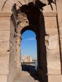 A través de la puerta romana Fotografía de archivo