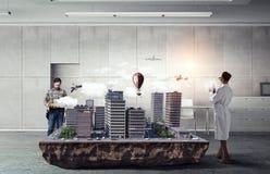 Travail créatif de groupe d'architecte Media mélangé photo stock