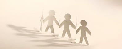 travail d'équipe d'isolement par illustration noire du concept 3d position de papier d'hommes d'équipe Image libre de droits