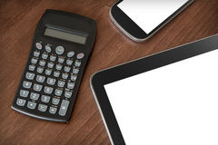 Travail d'affaires avec la Tablette, le Smartphone et la calculatrice #2 Image libre de droits