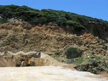 Travail de bouteur, tas du sable Image stock