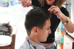 Travail de coiffeur Images libres de droits